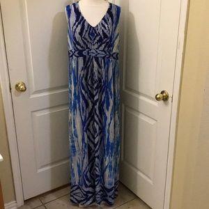 Chico's Size 2 Sleeveless Blue Printed Maxi Dress